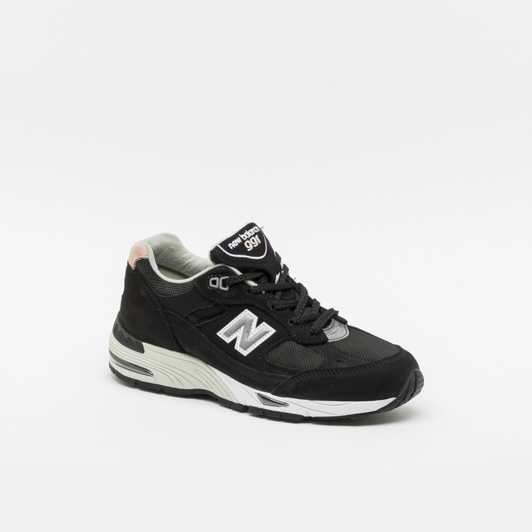 Sneaker New Balance W991 in nabuk nero